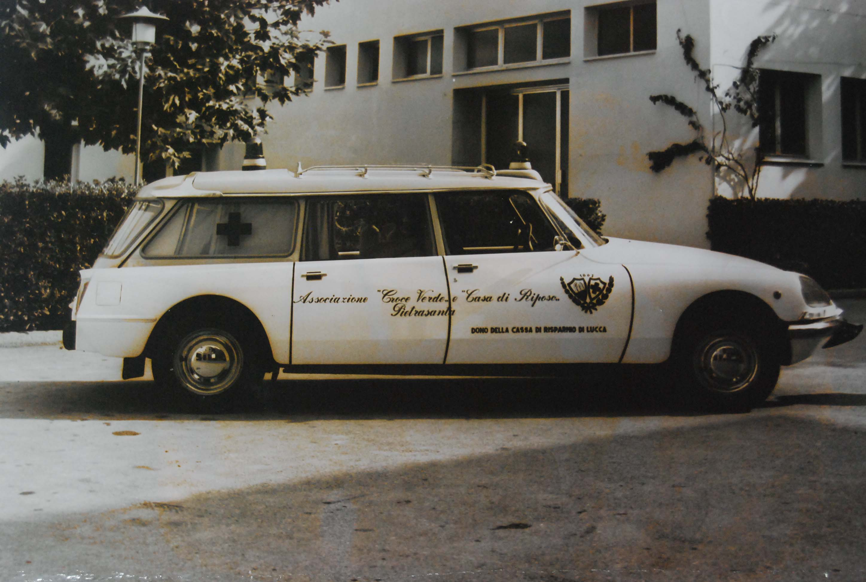 Foto 14: 12 Agosto 1972: la Citroen ID20f entra nel parco auto. Si tratta di una realizzazione F.lli Mariani- foto ASCVP