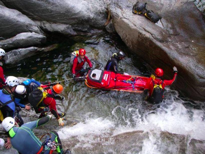 Lombardia, 2015 impegnativo per il Soccorso Alpino con 1274 interventi | Emergency Live 4