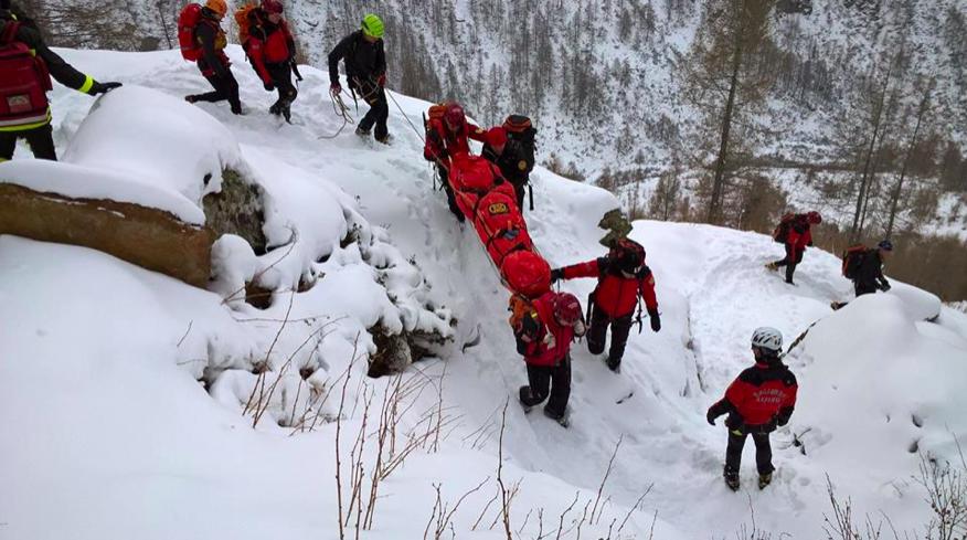 Lombardia, 2015 impegnativo per il Soccorso Alpino con 1274 interventi | Emergency Live 6