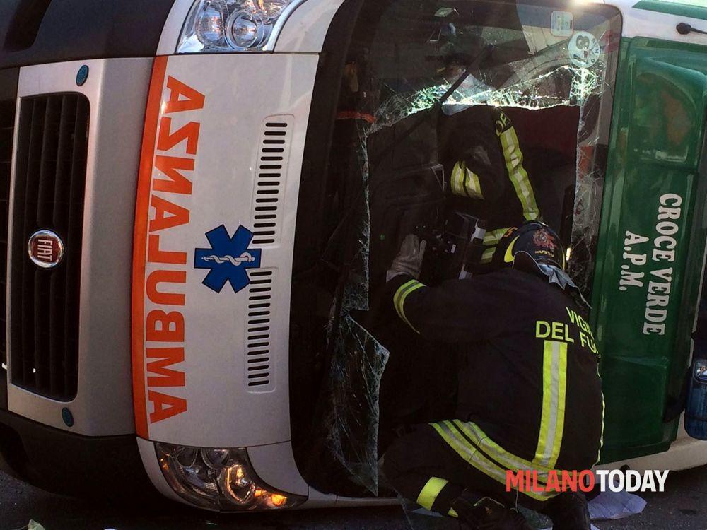 Incidente ambulanza 10