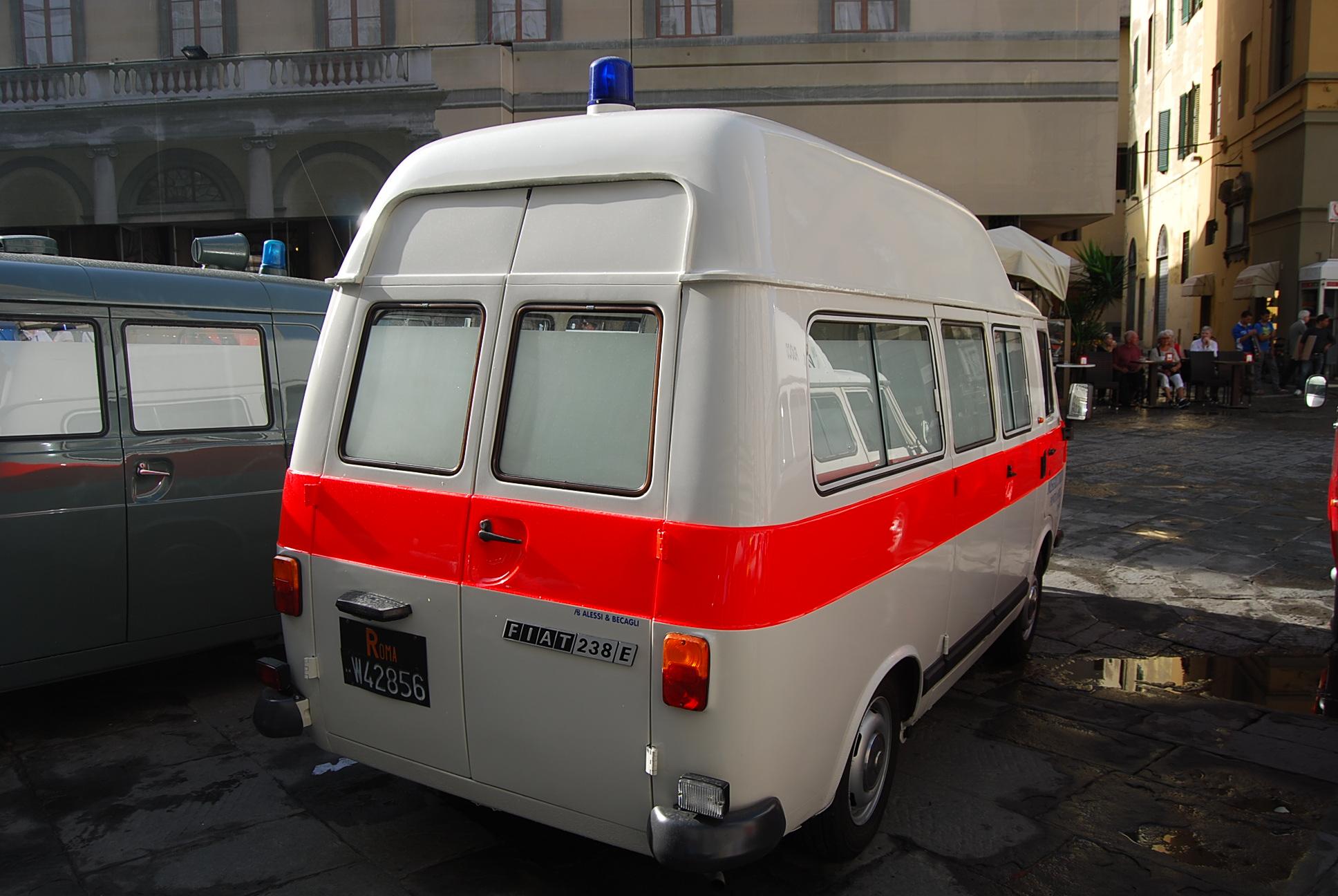 Foto 12: Fiat 238E in versione originale Fiat, ristrutturato come veicolo d'epoca
