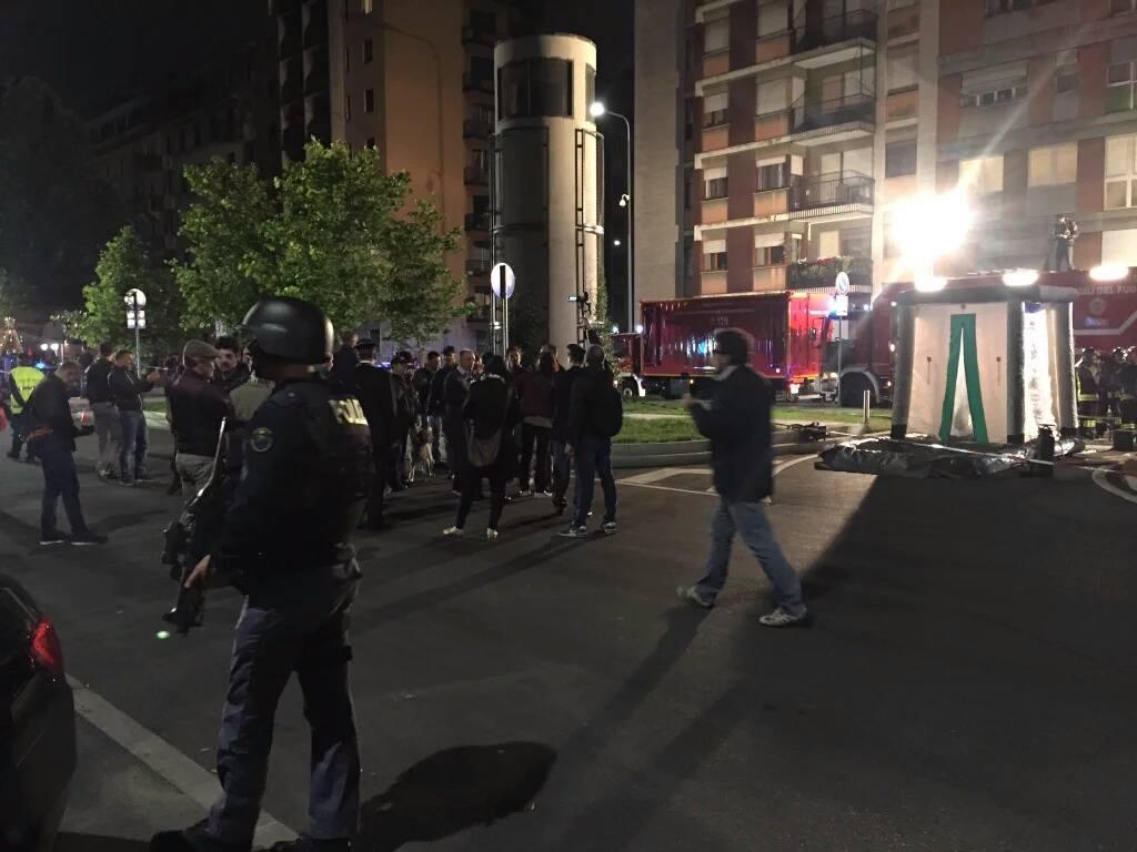 Esercitazione Metropolis, anti terrorismo a Milano davanti allo stadio San Siro: Fotogallery e video | Emergency Live 27