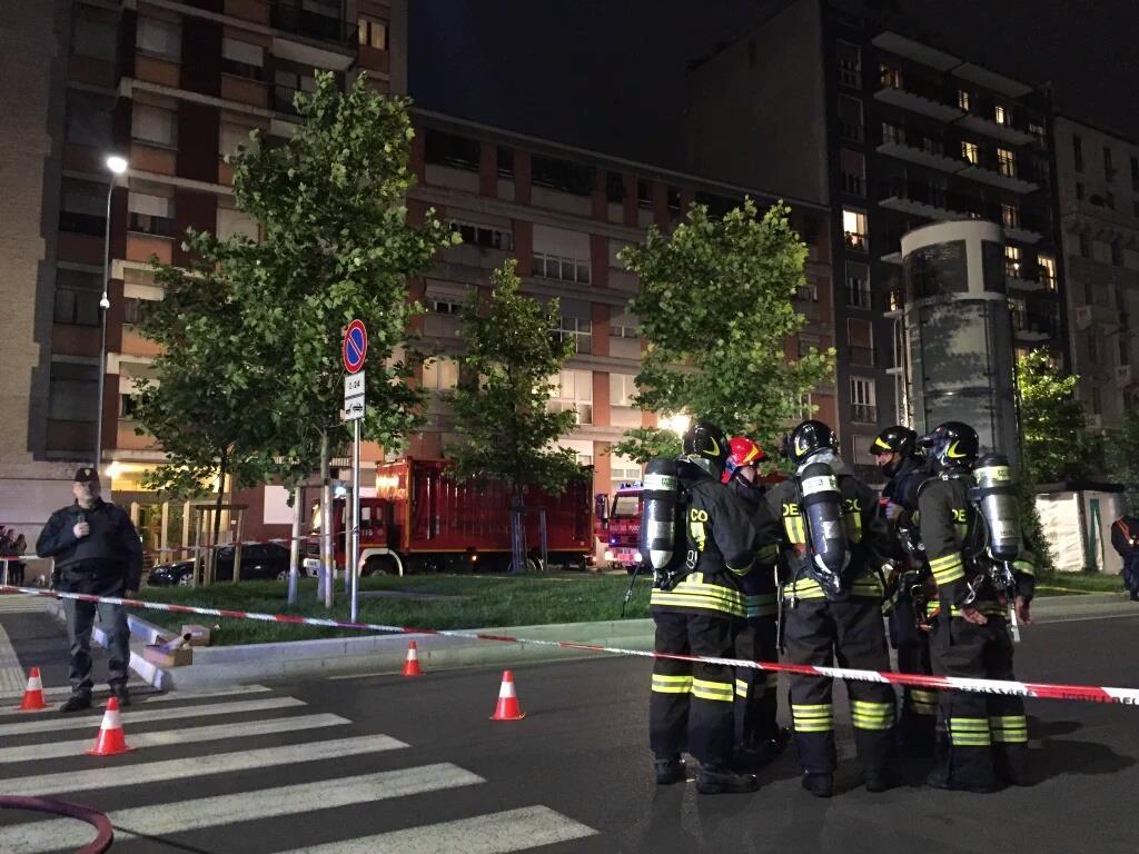 Esercitazione Metropolis, anti terrorismo a Milano davanti allo stadio San Siro: Fotogallery e video | Emergency Live 28