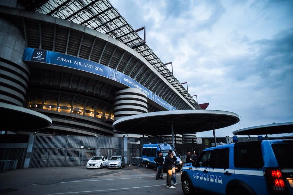 Esercitazione Metropolis, anti terrorismo a Milano davanti allo stadio San Siro: Fotogallery e video | Emergency Live 17