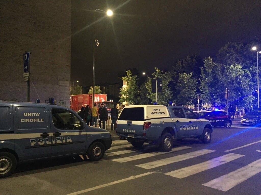 Esercitazione Metropolis, anti terrorismo a Milano davanti allo stadio San Siro: Fotogallery e video | Emergency Live 26