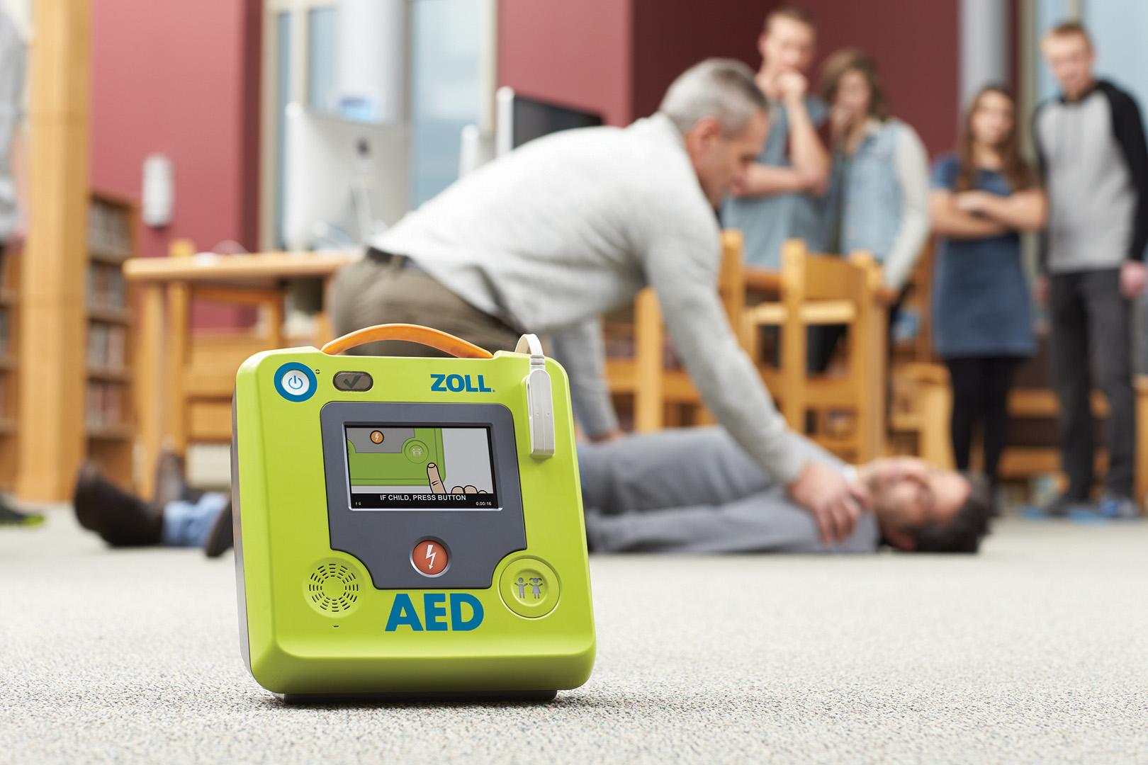 Defibrillatori, la rivoluzione è arrivata: ZOLL lancia ZOLL AED 3 BLS | Emergency Live 26
