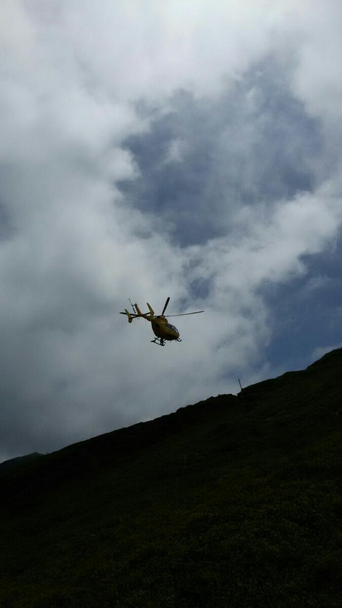 Parma, il salvataggio di un escursionista tedesco a 1800 metri di quota con il SAER (video) | Emergency Live 1