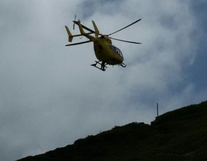 Elicottero In Tedesco : Parma il salvataggio di un escursionista tedesco a