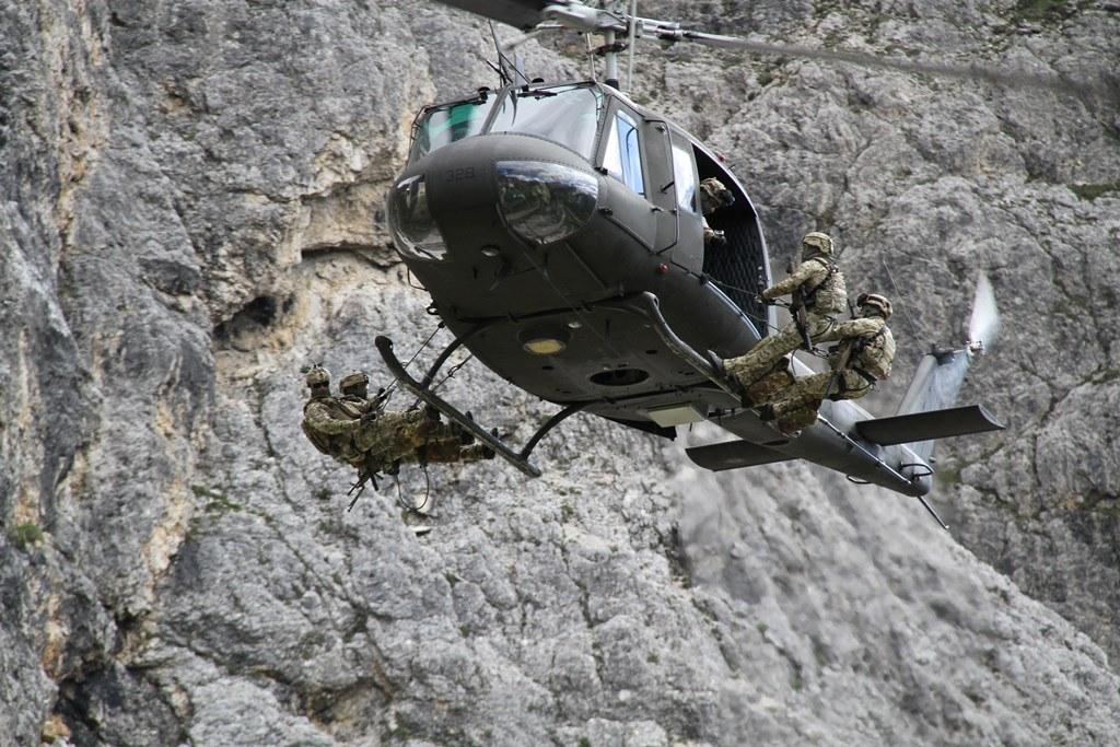 5 Torri, torna l'esercitazione di emergenza delle Truppe Alpine a Bolzano, il 7 luglio