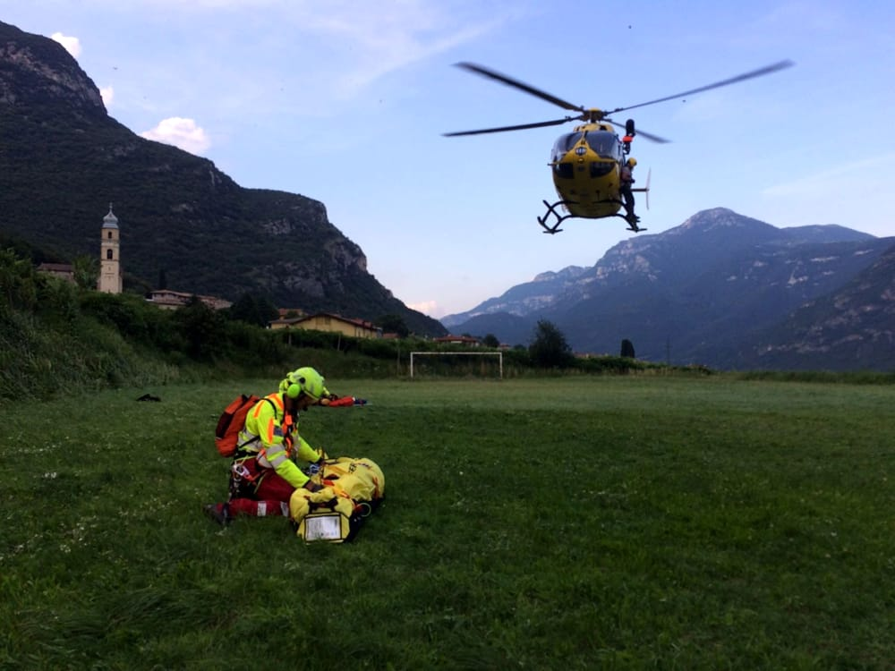 alpino-soccorso-elicottero-2