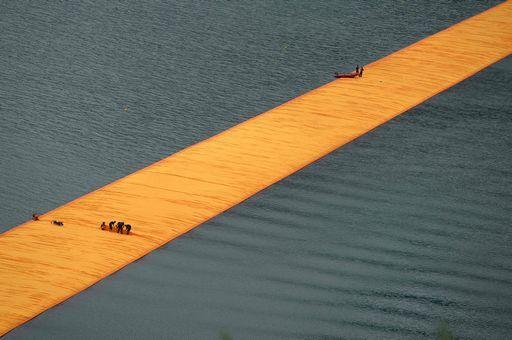 The Floating Piers – Sicurezza garantita, ma quanta fatica! Lo straordinario lavoro dei soccorritori è più difficile a terra che in acqua