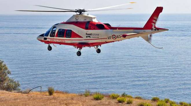 elicottero-elisoccorso-drago-83-capo-verde-generica-trasbord-119311.660×368
