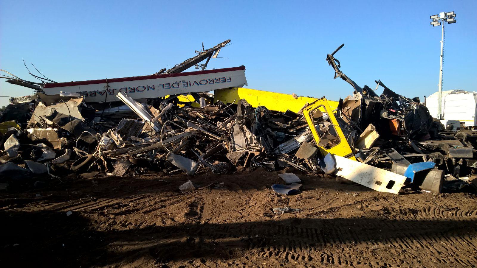La strage ferroviaria di Corato: il report dalle prime ambulanze sul posto, della Misericordia di Andria   Emergency Live 6