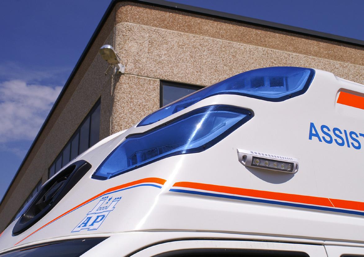 Pronti, via... la nuova ambulanza EDM da oggi al tuo servizio! | Emergency Live 2