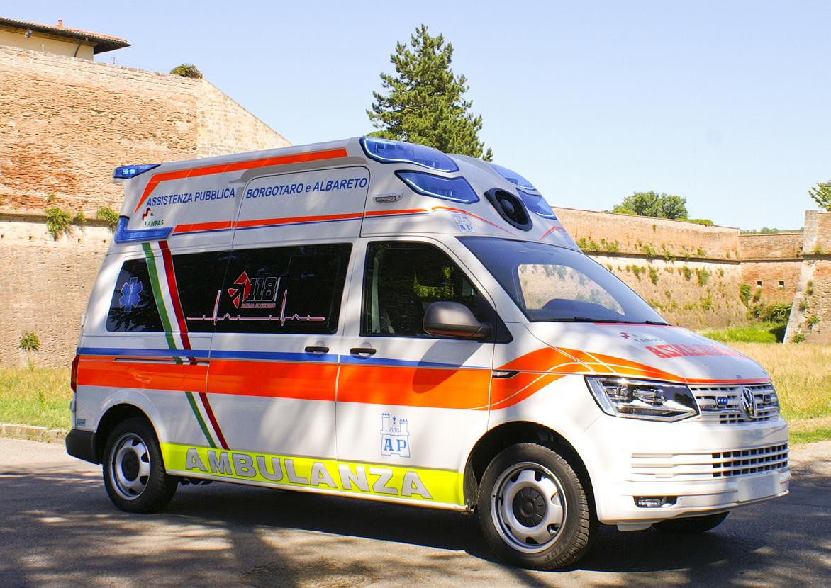 Pronti, via... la nuova ambulanza EDM da oggi al tuo servizio! | Emergency Live 5
