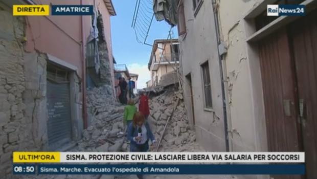 Terremoto, dalla Spezia partita una colonna mobile dei Vigili del Fuoco