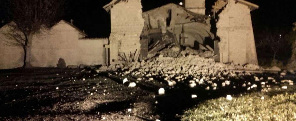 Terremoto, nuove forti scosse in centro Italia – DIRETTA