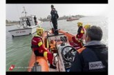 Aereo con 61 persone a bordo finisce in mare, esercitazione della Guardia Costiera a Cagliari