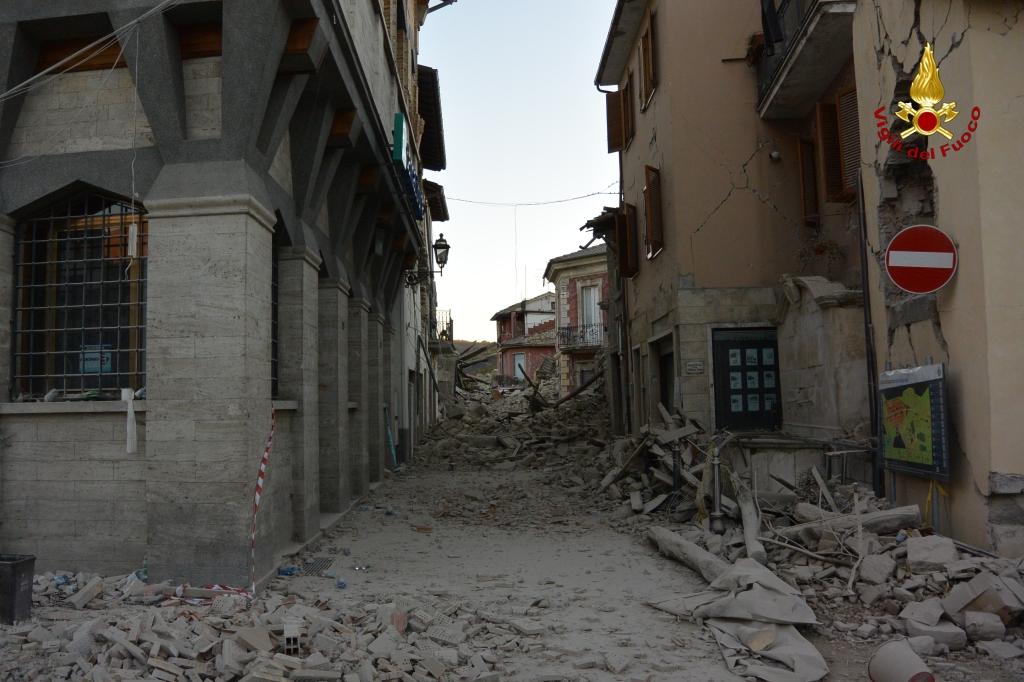 Terremoto centro Italia: la situazione e gli aggiornamenti in diretta. 22.000 persone assistite | Emergency Live 10