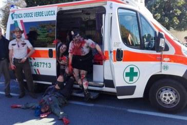 Cosplay migliore di Lucca Comics & Games 2016? L'Ambulanza degli zombie!