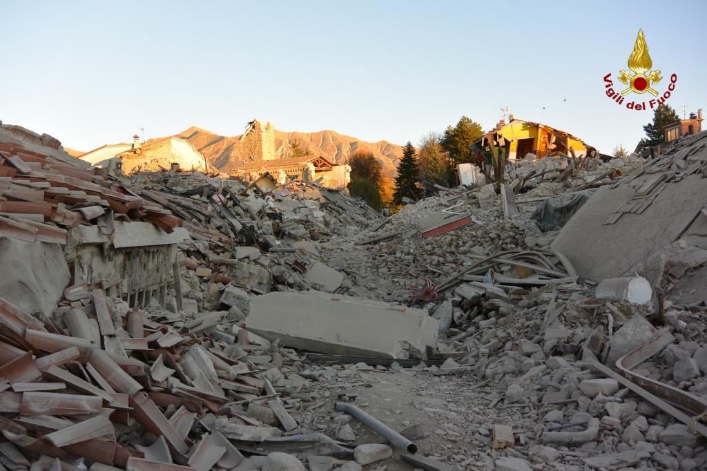 26 mila sfollati assistiti dopo l'ultimo terremoto. La Protezione Civile fa il punto sui danni