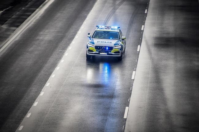 La V90 SW in dotazione alle forze dell'ordine: si parte con la polizia svedese per poi puntare anche ad altri Paesi
