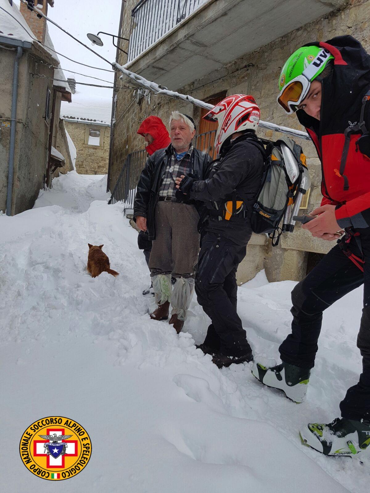 Emergenza neve in Centro Italia: il cuore straordinario dell'Italia che sa aiutare gli altri | Emergency Live 27