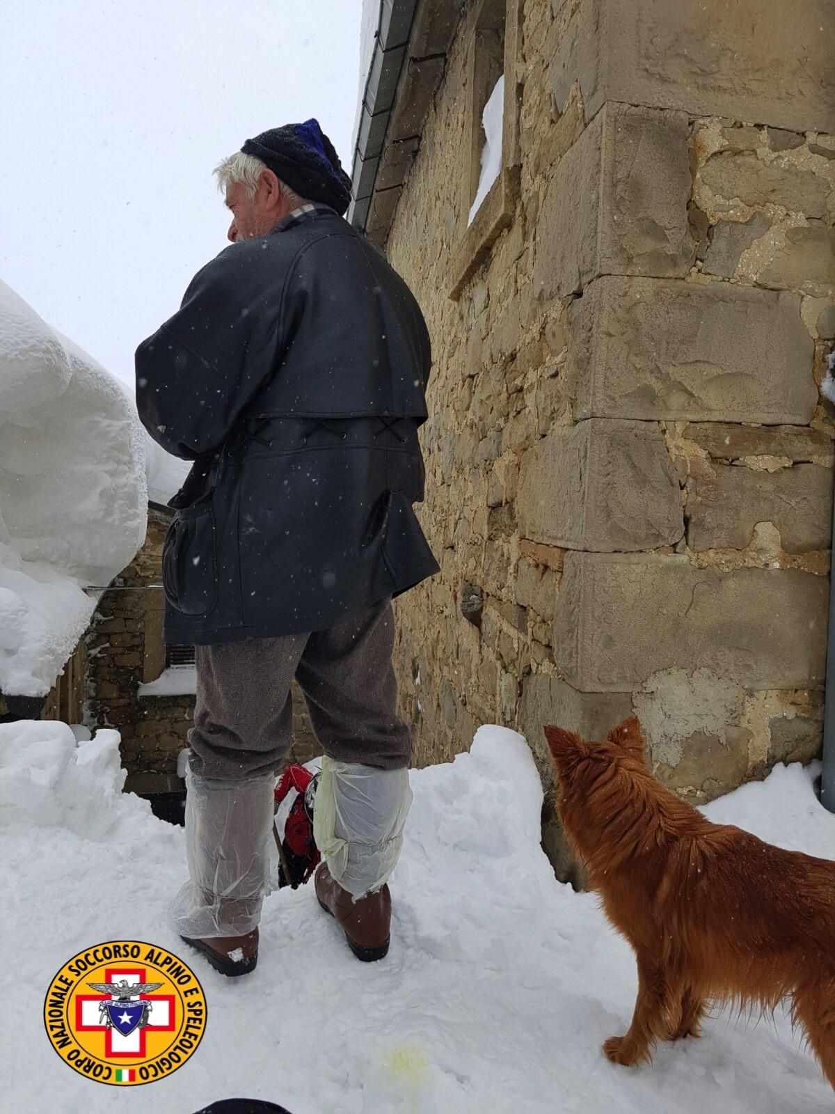 Emergenza neve in Centro Italia: il cuore straordinario dell'Italia che sa aiutare gli altri | Emergency Live 30