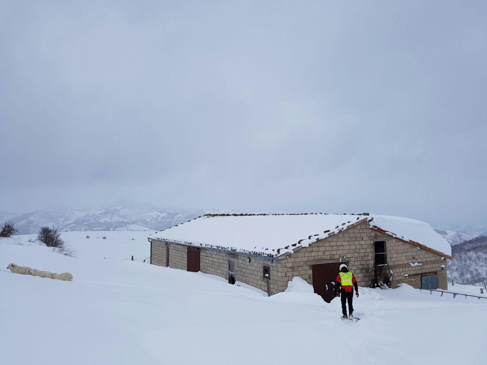 Emergenza neve in Centro Italia: il cuore straordinario dell'Italia che sa aiutare gli altri | Emergency Live 16