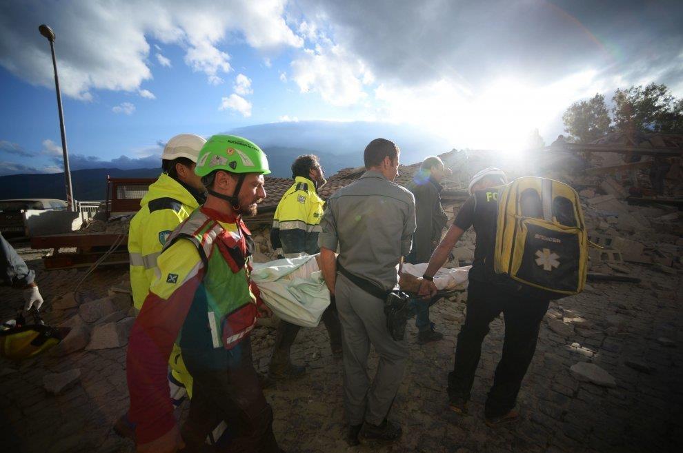 Terremoto centro italia soccorritori sanitari
