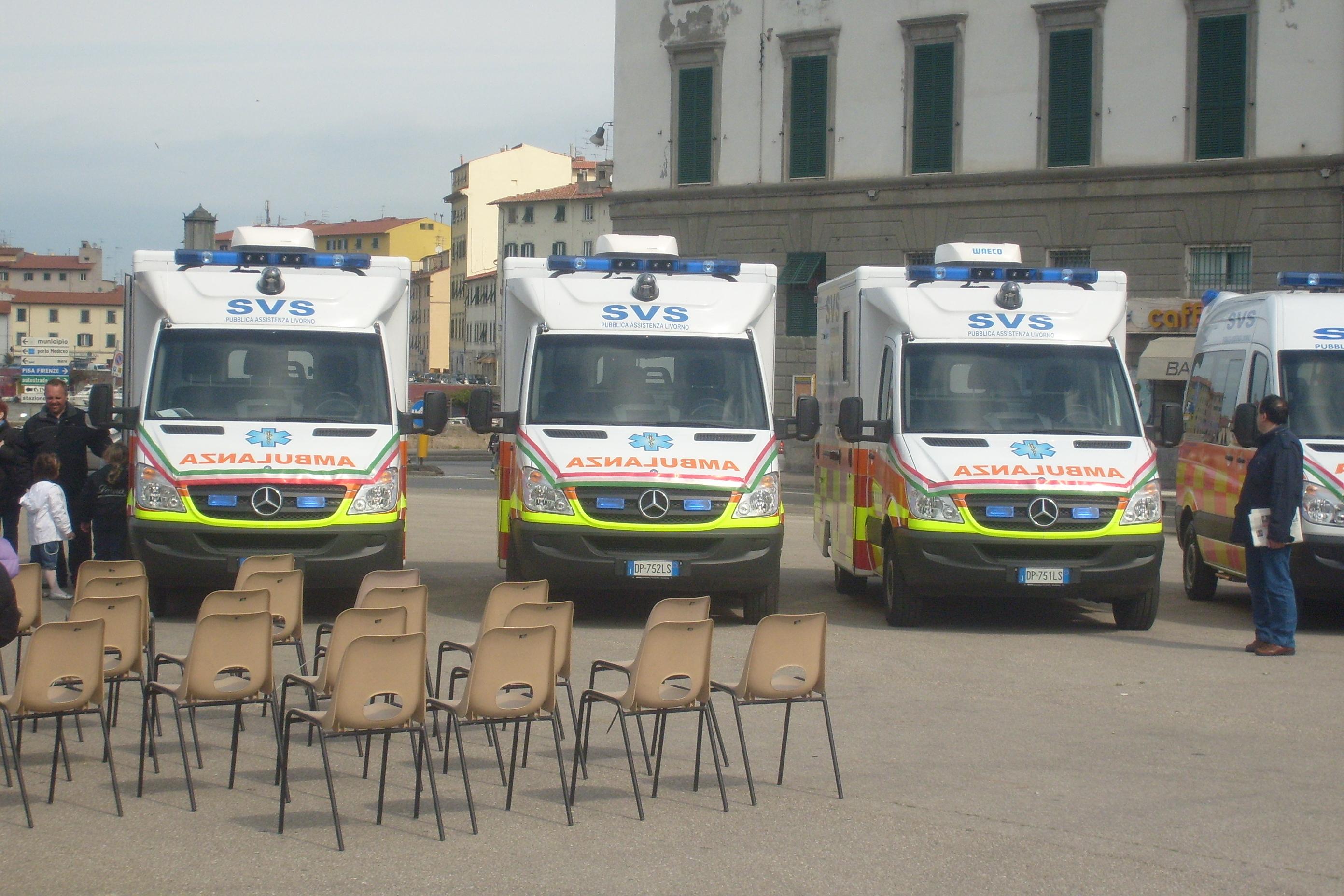 Foto 124:  allestimento con cellula sul Nuovo Sprinter, che vediamo nei colori della SVS di Livorno, acquirente di questi veicoli adibiti al servizio di emergenza nella città labronica –foto ADG