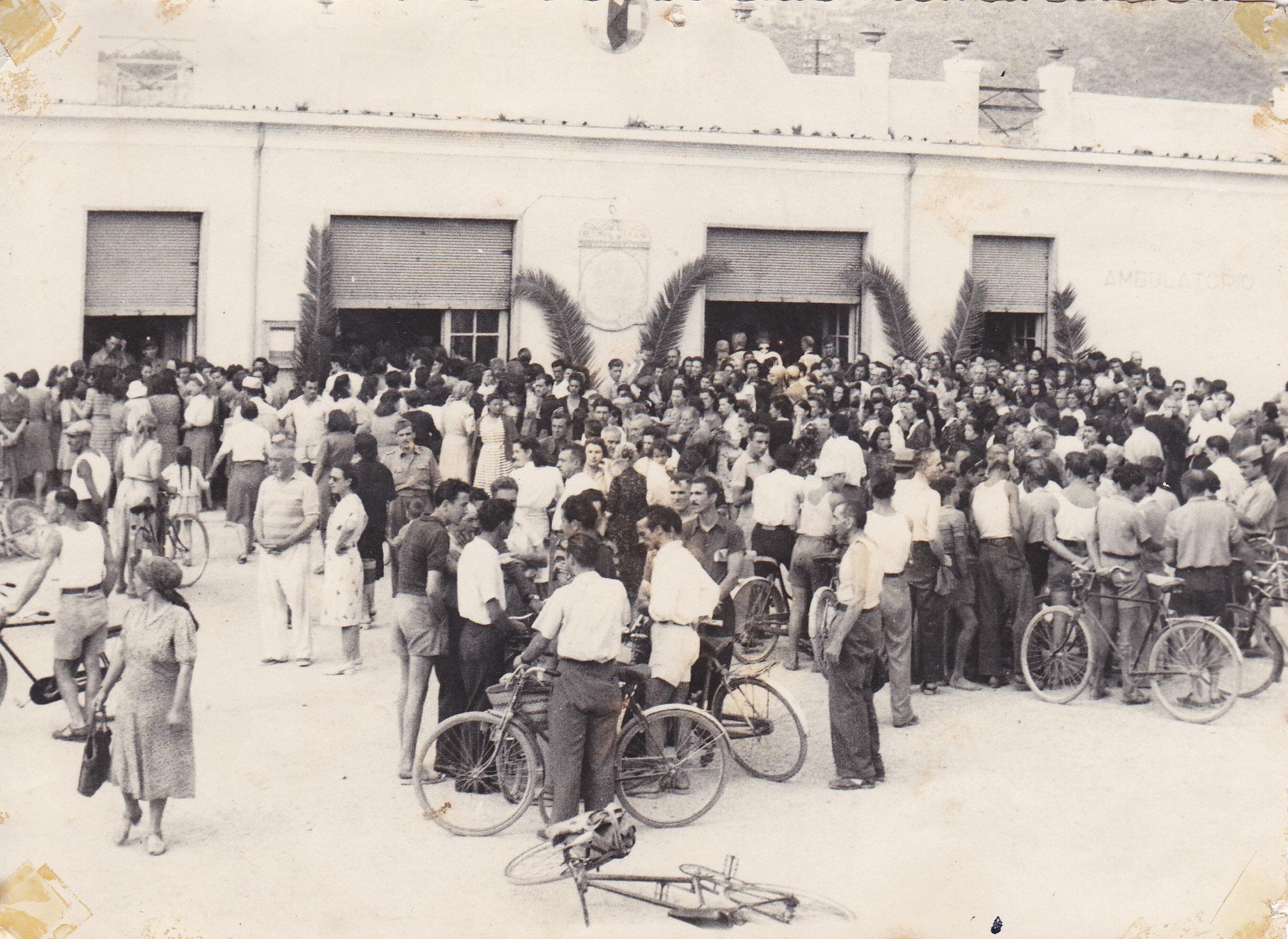 Storia delle associazioni d'Italia: La Croce Bianca di Albenga | Emergency Live 41