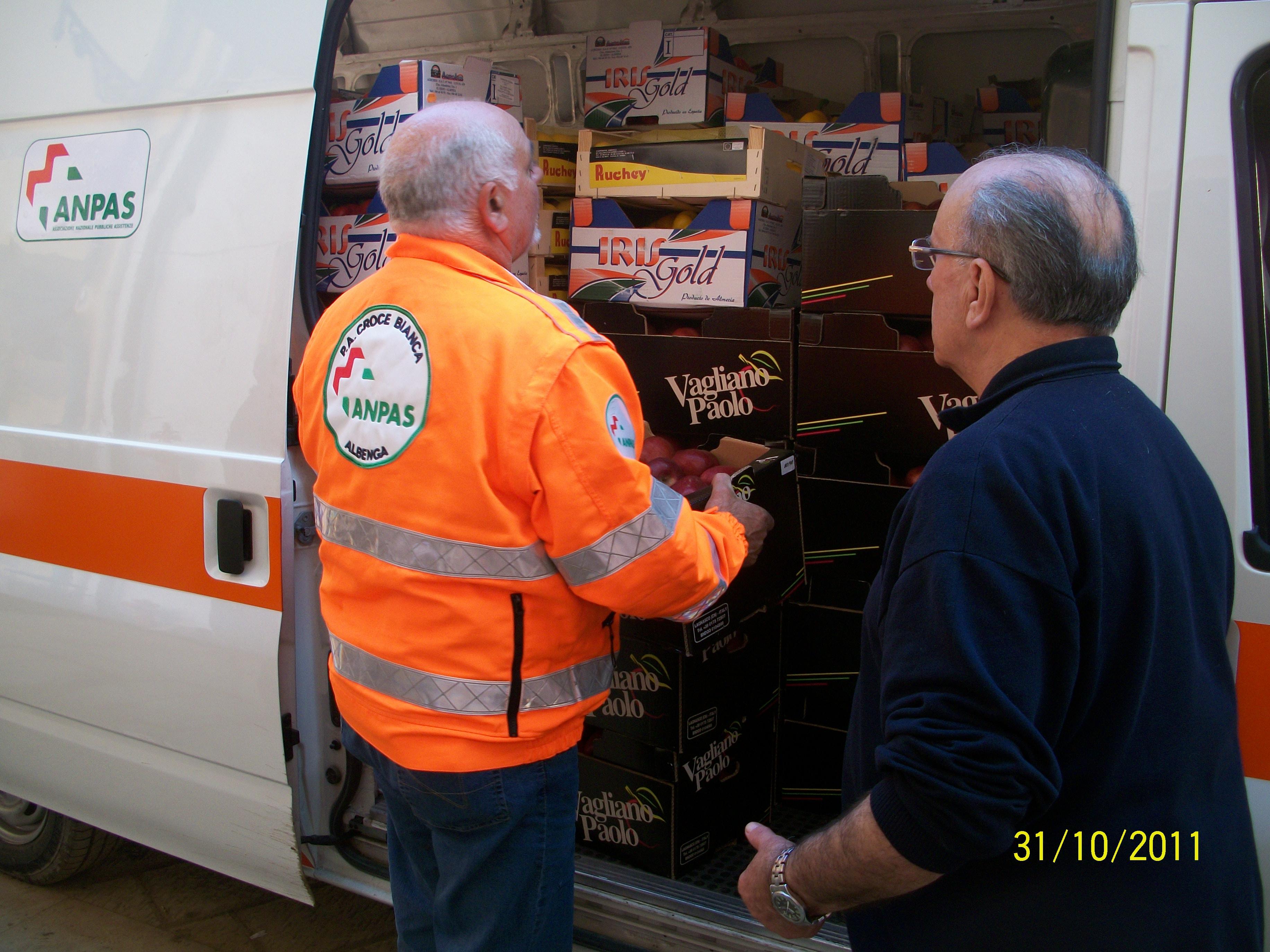 Consegna viveri Alluvione 5 Terre(9)