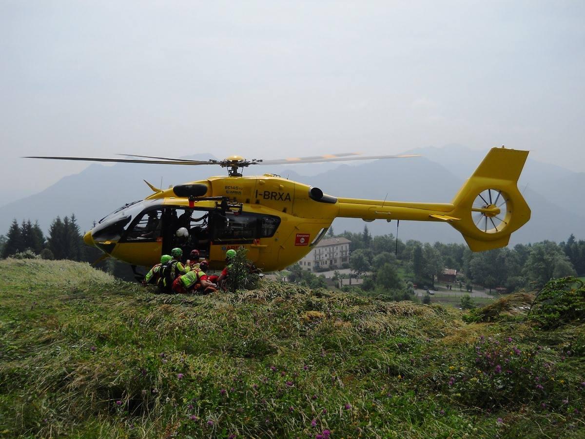 Come si interviene su pazienti traumatici in alta montagna? - Presidi, consigli ed esperienze | Emergency Live 17