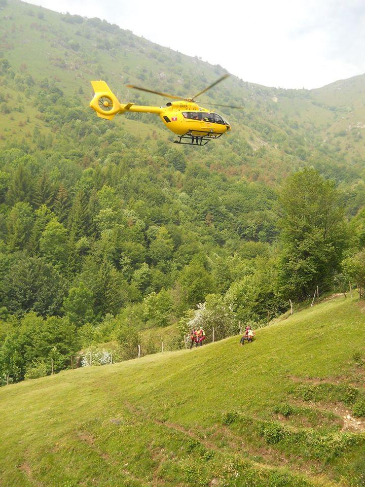 Come si interviene su pazienti traumatici in alta montagna? - Presidi, consigli ed esperienze | Emergency Live 14