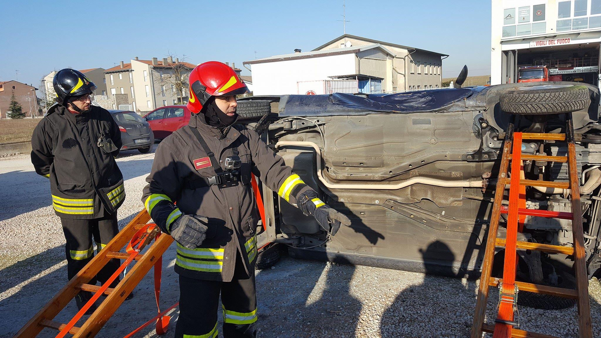 Fiammeblu a Bondeno per i 14 anni dei Vigili del Fuoco Volontari | Emergency Live 5