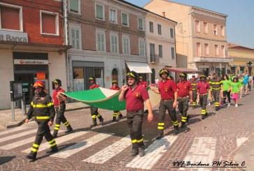Fiammeblu a Bondeno per i 14 anni dei Vigili del Fuoco Volontari