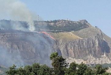 Incendi boschivi, adesso a fare paura è il rischio idrogeologico: Cosa fare nelle aree andate a fuoco secondo la Protezione Civile