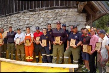 REPORTAGE – 40 anni di amicizia transfrontaliera: i Pompieri Volontari di Ugovizza e i Freiwillige Feuerwehr di Vordeberg