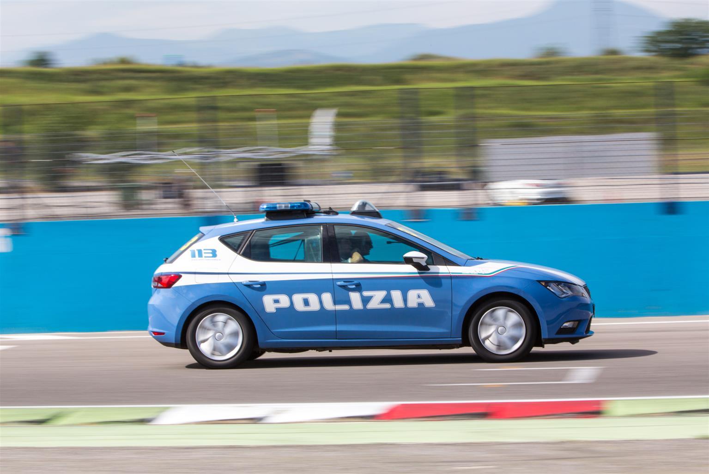 media-La SEAT e la Polizia di Stato impegnate in pista (8)
