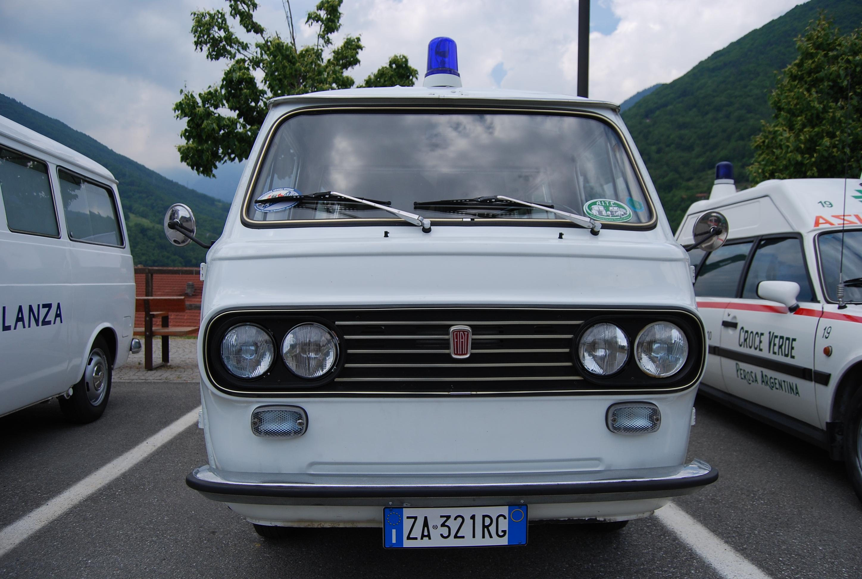 15: il simpatico e – nei limiti delle ridotte dimensioni complessive – importante musetto della 850f realizzata da Fissore per servire come ambulanza aziendale degli stabilimenti Viberti – foto Alberto Di Grazia