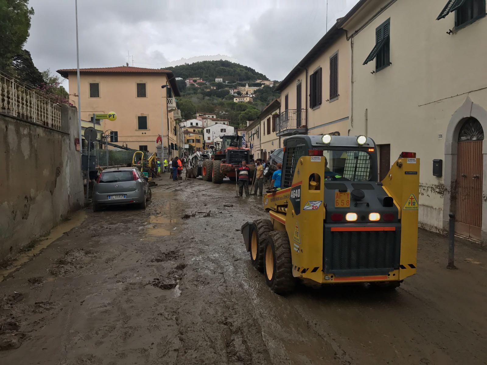 Tragedia di Livorno, la situazione operativa dell'emergenza e le foto dallo scenario di Montenero | Emergency Live 2
