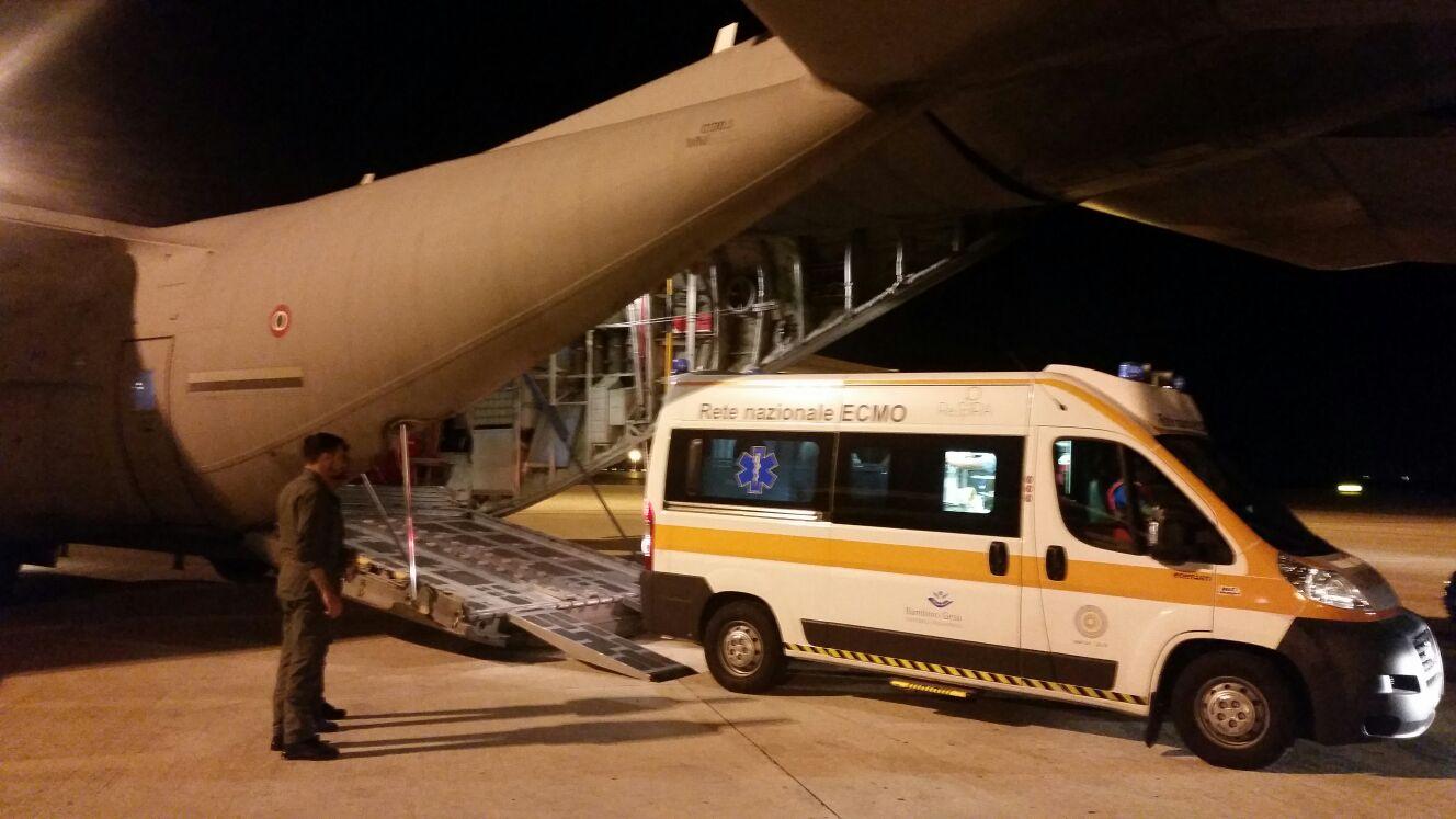 Trasporto con polmone artificiale per un neonato sulla tratta Bari-Roma: il fondamentale supporto dell'Aeronautica Militare | Emergency Live 2