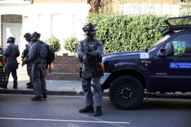 Londra-Esplosione-in-metropolitana-a-Parsons-Green-7-640×427