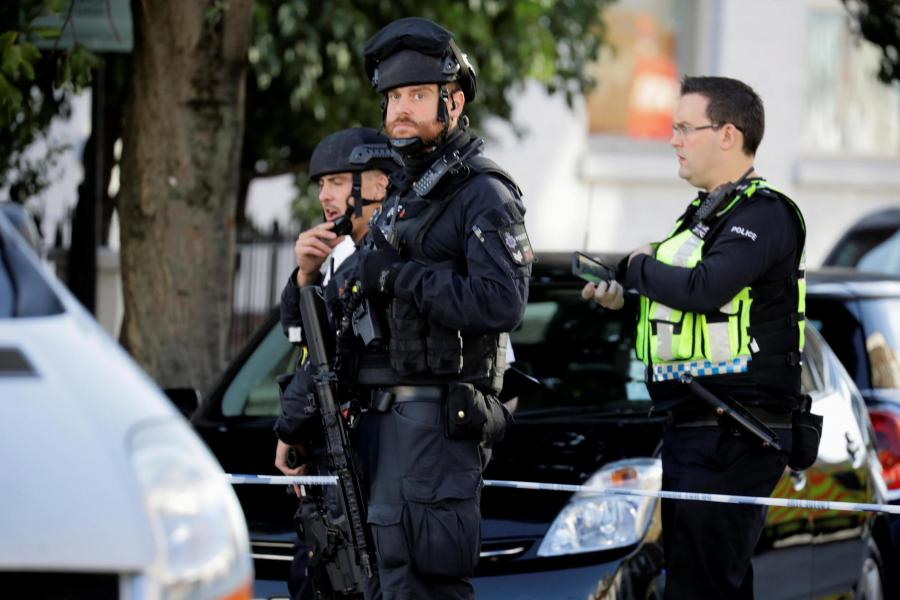 armedpoliceparsonsgreen-