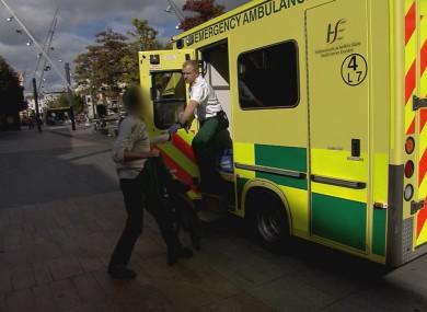paramedics-episode-1-27-390×285