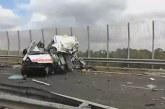 Salento, frontale in autostrada fra ambulanza e Tir: morto autista e paziente