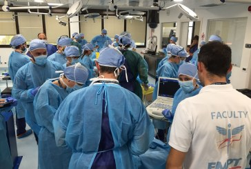 La formazione, quella fatta bene: dentro al CadaverLab, procedure anatomiche di emergenza sanitaria