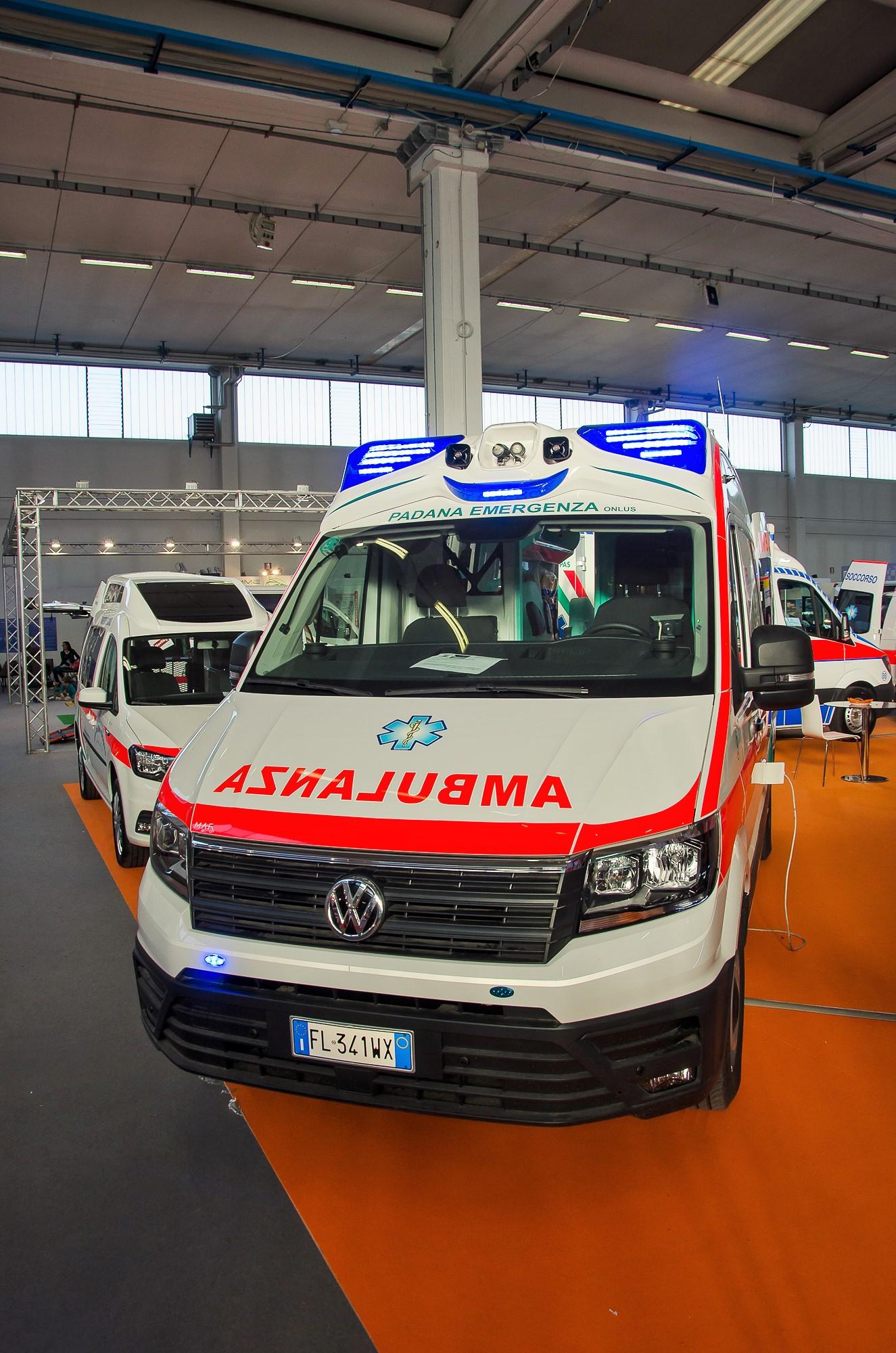 Ambulanze, com'è il nuovo Volkswagen Crafter visto in Italia? | Emergency Live 20