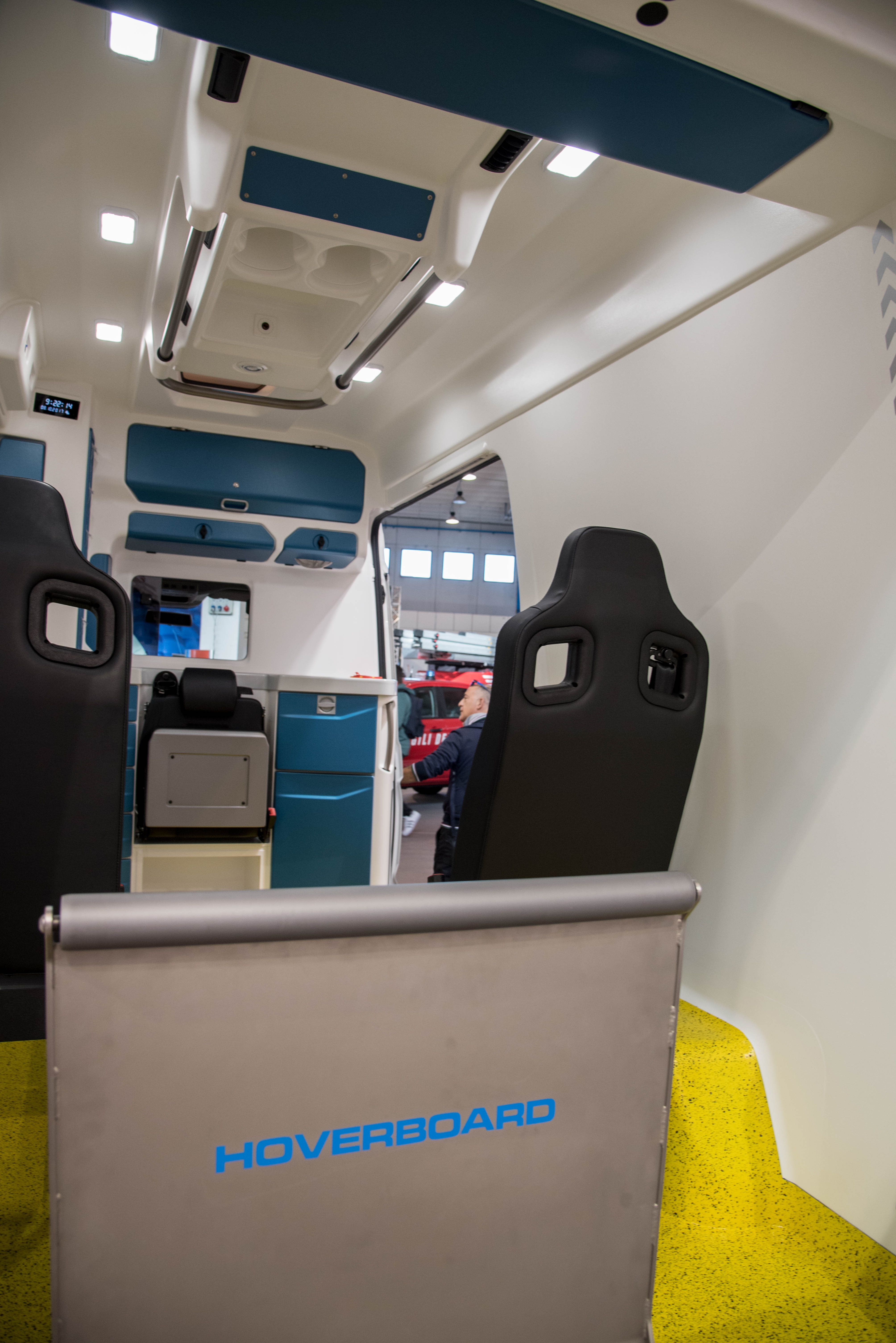 crafter ambulanzmobil